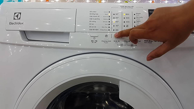 Cách đọc mã lỗi máy giặt Electrolux